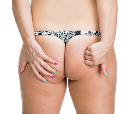grosse fesse: Plus-taille femme sur un fond blanc