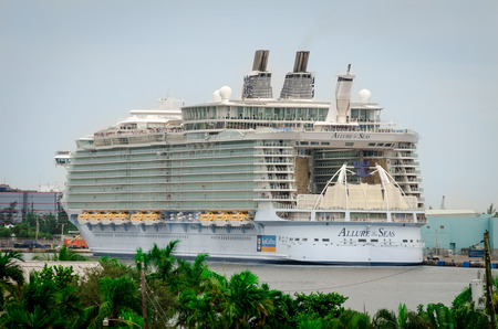 Fort Lauderdale, Florida, USA - September 23, 2012: The biggest cruise ship, Allure of the Seas, docked in port of Fort Lauderdale Editorial
