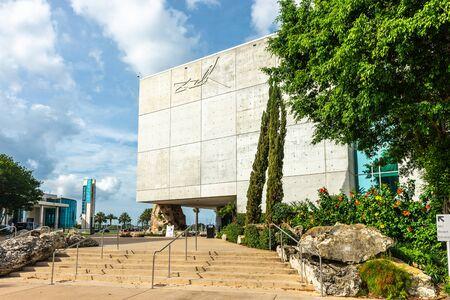 Saint Petersburg, USA - jun 16, 2018: Entrance of Salvador Dali museum  in St Petersburg Editorial