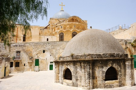church of the holy sepulchre: Dome and the cells on the roof of the Church of the Holy Sepulchre in Jerusalem Stock Photo