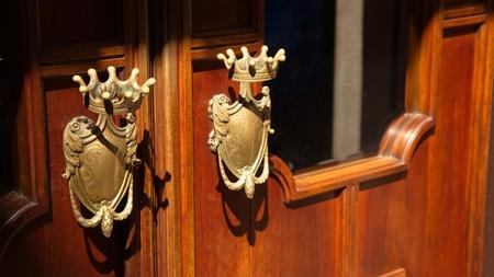 door knobs: Royal Door Knobs