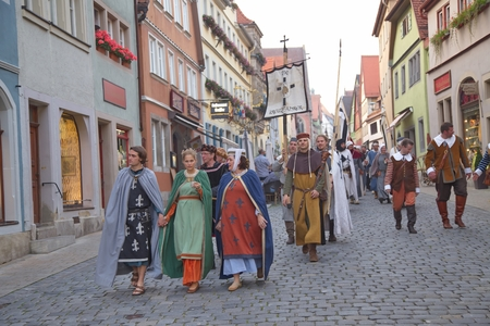militant: ROTHENBURG OB DER TAUBER, GERMANY - September 5: Performers of the annual medieval Imperial City Festival, dressed in historical costumes on September 5, 2014 in Rothenburg ob der Tauber, Germany Editorial