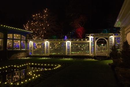 ブッチャート ガーデン、ビクトリア、bc 州、カナダ - 2011 年 12 月 5 日でクリスマスの夜: ブッチャート ガーデンは、ホリデー シーズンの装飾が施さ 写真素材