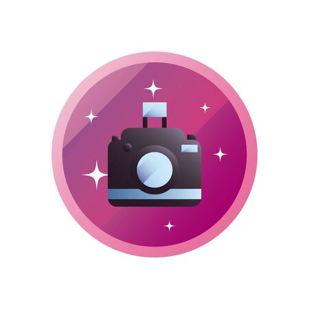 Camera device gradient style icon design, Gadget technology photography equipment digital photo focus and electronic theme Vector illustration Banque d'images - 143790886