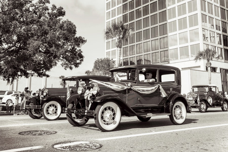 veteran's day: ORLANDO  FL  - November 9, 2013 - Vintage car during the Veteran s Day Parade, Orlando Florida