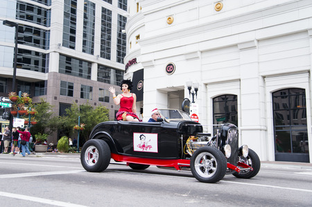 florida citrus: ORLANDO FL - December 30, 2013 -  Betty Boop by Universal Studios at Florida Citrus Parade in Orlando Florida