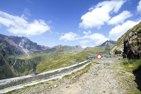 gavia: Roas closed to traffic at Gavia Pass in Lombardy, Italy Stock Photo
