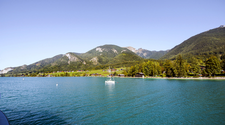 wolfgang: Wolfgangssee. General view and sail boat at St. Wolfgang, Austria. Stock Photo