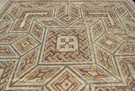 Mosaic in the Roman ruins of Conimbriga Stock Photo - 15067032