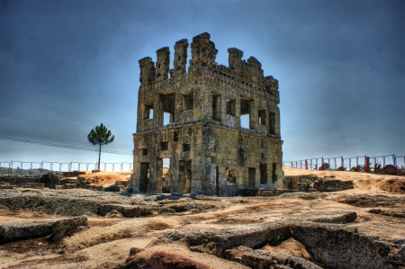 belmonte: Belmonte Centum Celae tower in Portugal