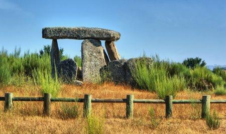 Dolmen Pedra da Orca em Gouveia, Portugal Stock Photo - 27503557