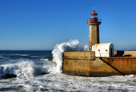 Lighthouse of Felgueiras in the river mouth of Douro, Portugal Stock Photo - 30531992
