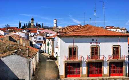 estacion de bomberos: Almeida pueblo hist�rico y la estaci�n de bomberos en Portugal