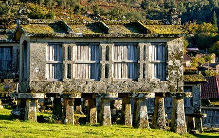 Lindoso granaries in National Park of Peneda Geres, Portugal Banco de Imagens - 122108421