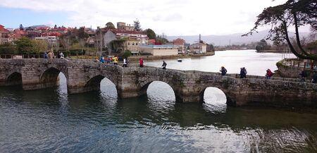 Puente de la Ramalhosa en el camino portugués a Santiago, Galicia, España Foto de archivo