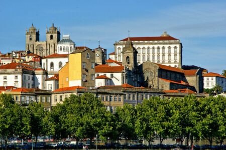 Douro river in front of the city of Porto, Portugal Banco de Imagens