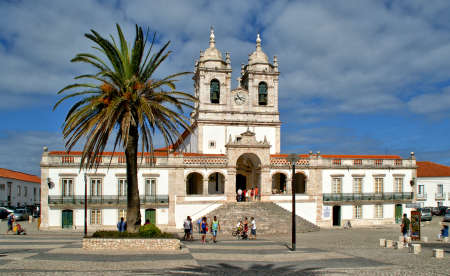 Our Lady of Nazare Church in Nazare. Portugal Banco de Imagens