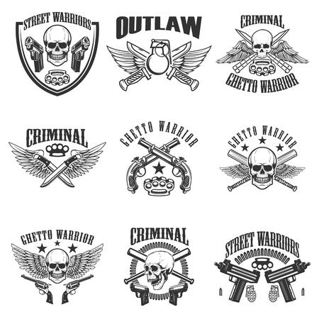 Set of outlaw, criminal, street warrior emblems. Skulls with wings, guns and swords. Design elements for logo, label, emblem, sign, poster, t-shirt. Vector illustration Ilustração