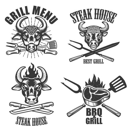 Set of Steak house labels and design elements on white background. Crossed knives, fork, kitchen spatula, grilled meat, bull head. Vector illustration Vettoriali