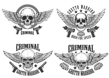Outlaw, straat krijgers. Set gevleugelde schedels met wapen. Ontwerpelementen voor embleem, teken, label, t-shirt. Vector illustratie.