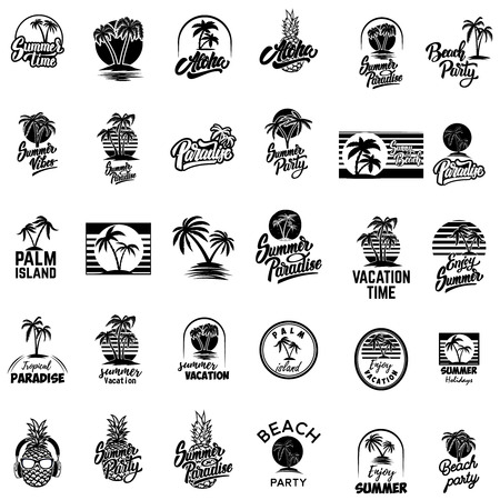 Satz Sommerembleme mit Palmen. Für Emblem, Zeichen, Logo, Etikett, Abzeichen. Vektorbild Logo