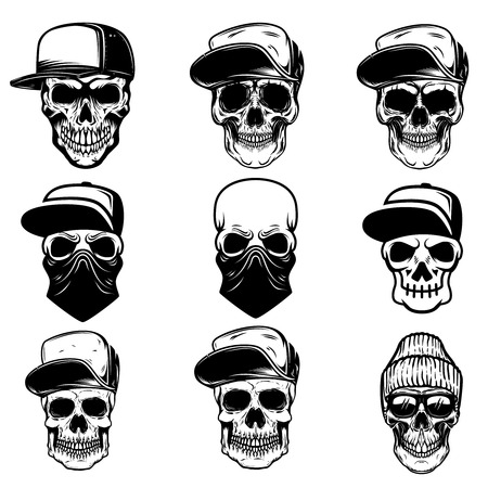 Set of skulls in baseball cap and bandana. Design element for logo, label, sign, poster, banner. Vector illustration Иллюстрация