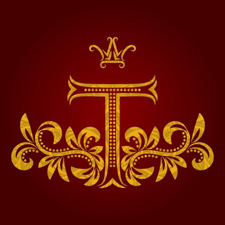 Patterned lettre d'or T monogramme dans le style vintage. manteau héraldique des armes. modèle baroque.