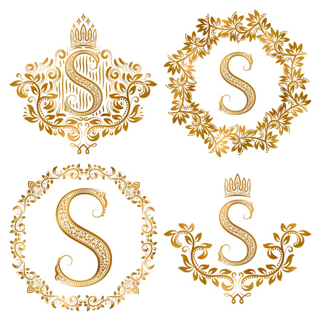 Golden S letter vintage monograms set. Heraldic coats of arms and round frames. 免版税图像 - 68410880