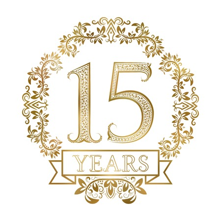 빈티지 스타일의 15 년 기념일의 황금 상징. 스톡 콘텐츠 - 68411912