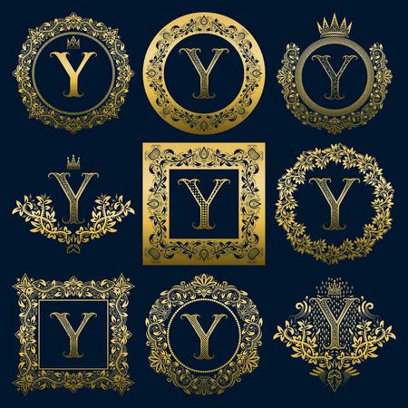 Set di monogrammi vintage della lettera Y. Araldico dorato in ghirlande, cornici rotonde e quadrate.