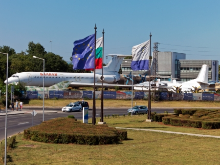 border patrol: BURGAS, BULGARIA - JULY 21: General view of Sarafovo Airport main entrance and checkpoint on July 21, 2012. Deadly attack against Israeli tourists occurred on the grounds of the Sarafovo Airport.  Editorial