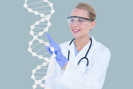 Composite numérique de médecin avec des graphiques ou des antécédents d'ADN Banque d'images - 79303341