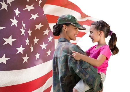 Digital composite of soldier and daughter  in front of usa flag Banco de Imagens
