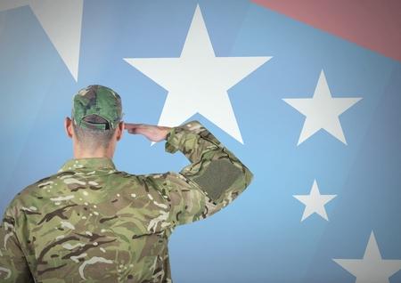 디지털 합성 미국 국기의 앞에 군인의 후면보기 스톡 콘텐츠