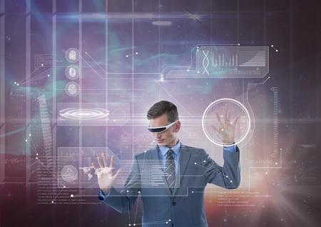 Digitale composiet van Man in VR-hoofdtelefoon aanraking interface tegen melkweg en stad achtergrond Stockfoto