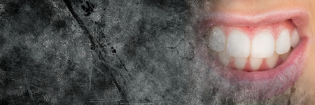 Digital composite of Close up of frustrated womans mouth and grey grunge copy space transition Zdjęcie Seryjne