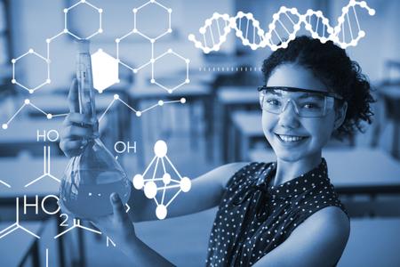 Ilustración de la estructura química contra el retrato de la colegiala sonriente haciendo un experimento químico en el laboratorio