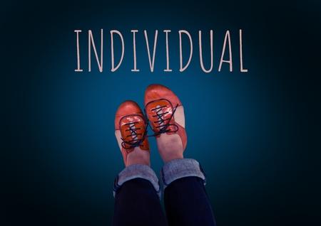 Composite numérique de texte individuel et chaussures rouges sur pieds avec fond bleu Banque d'images - 83947522