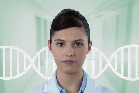 DNA 鎖の側に立って医師女性のデジタル合成 写真素材