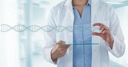 医師女性 3 D dna との相互作用のデジタル合成