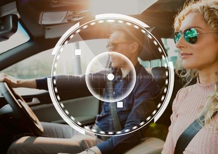 車の中でカップルに対してインターフェイスのデジタル合成