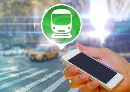 都市の鉄道アイコン手持ち株電話のデジタル合成 写真素材 - 86864003