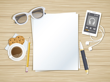 Schone vellen papier op het hout bureaublad. Bovenaanzicht van papier, pen, potlood, smartphone draait de muziek speler, hoofdtelefoons, koffie, koekjes, glazen. Voorbereiding voor het werk, notities, schetsen. Stock Illustratie