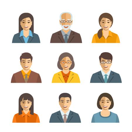 administrador de empresas: Hombres de negocios asiáticos avatares vector planas. Iconos de las personas de negocios. Hombres y mujeres en trajes, japonés, chino, caracteres coreanos jóvenes y mayores. Perfil de la empresa personal de imágenes. Simples caras felices lindo Vectores
