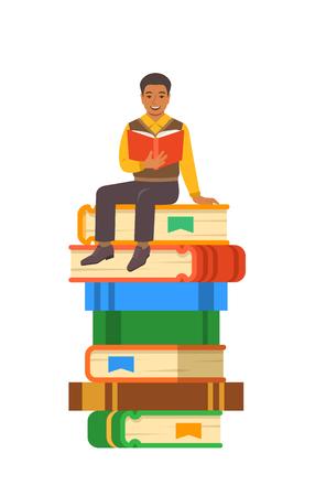 Joven estudiante negro lee un libro abierto sentado en una pila de libros gigantes. Concepto de educación secundaria. Ilustración de dibujos animados de vector. Preparación de exámenes con libro de papel. Juventud moderna bien educada