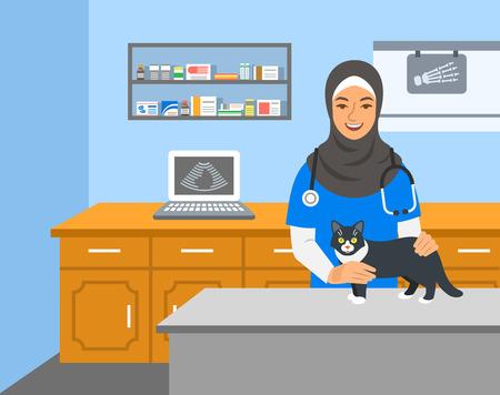 Une femme arabe médecin vétérinaire détient un chat sur une table d'examen dans une clinique vétérinaire. Illustration de dessin animé de vecteur. Fond de soins de santé pour animaux de compagnie. Concept de traitement des animaux domestiques. Professionnel vétérinaire Vecteurs