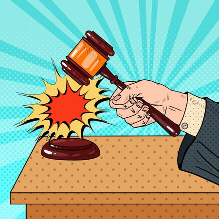 Pop Art Judge Hitting Wooden Gavel in een rechtszaal. Vector illustratie