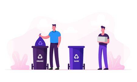 Gli uomini gettano la spazzatura in contenitori speciali con segno di riciclaggio per rifiuti di plastica e organici. Contenitori speciali per la spazzatura