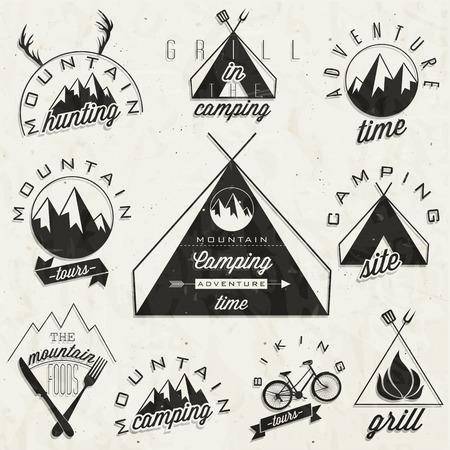 Symboles de style vintage rétro pour Mountain Expedition Adventure, camping de montagne, montagne, chasse, visites de montagne, les aliments de montagne, Camping, Camping Grill, vélo de montagne Tours sentiment Vecteur