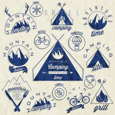 Retro vintage stijl symbolen voor Mountain Expedition Adventure, Mountain Hut, Berg Jagen, Mountain Tour, Berg Foods, Camping, Kamperen Grill, fietstochten Mountain gevoel Vector